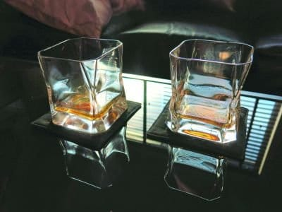 whiskey glasses blade runner