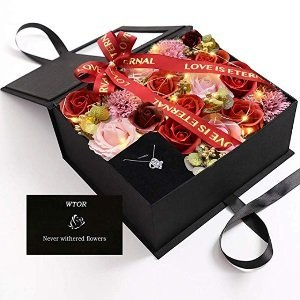 Artificial Rose Gift Box